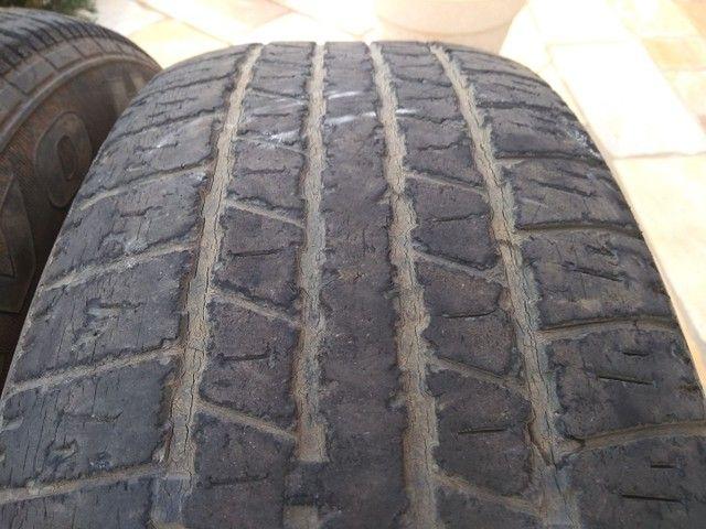 Vendo pneus 245/70R16 - Foto 3