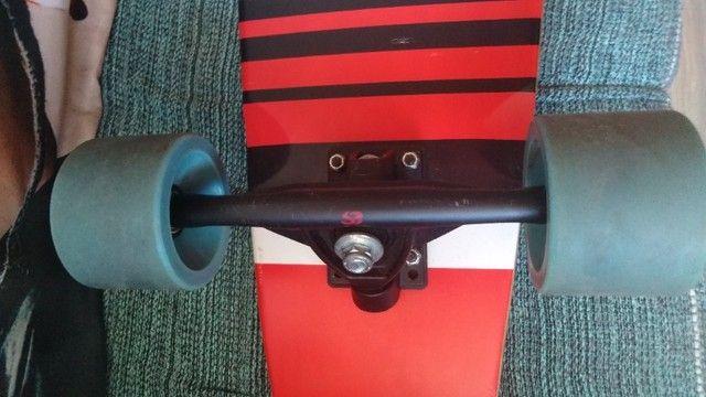 Skate Longboard semi novo - Foto 4
