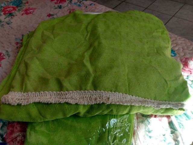 Vendo cortina seminovas em ótimo estado de conservação  - Foto 2