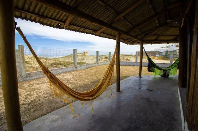 Casa pé na areia da praia - Foto 12