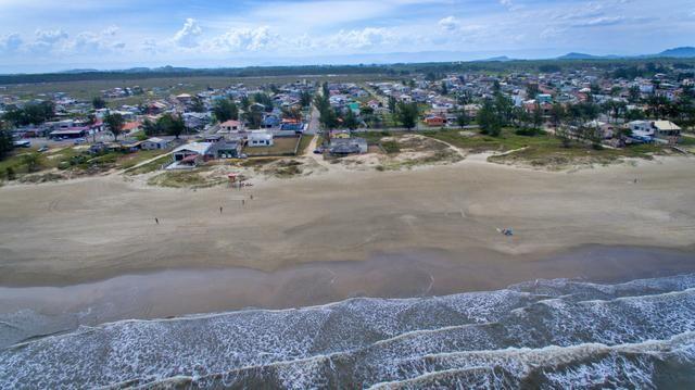 Casa pé na areia da praia - Foto 17