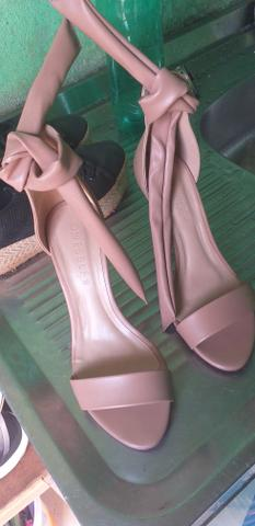 Sapato usado apenas 1 vez - Foto 2