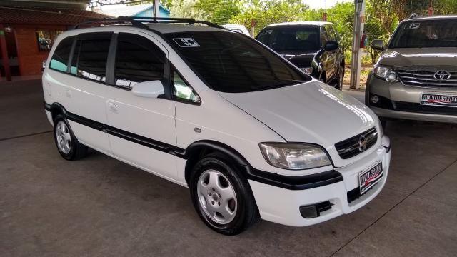 Chevrolet Zafira ZAFIRA 2.0 MPFI ELEGANCE 8V FLEX 4P MANUAL 4P - Foto 3