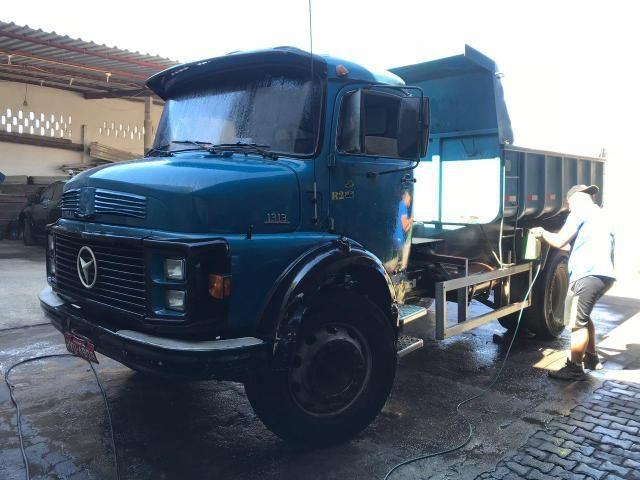 MB 1313 Caçamba toco
