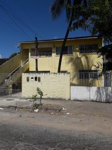 Casa térrea no Ipsep 3qts 2wc e quintal 1.200