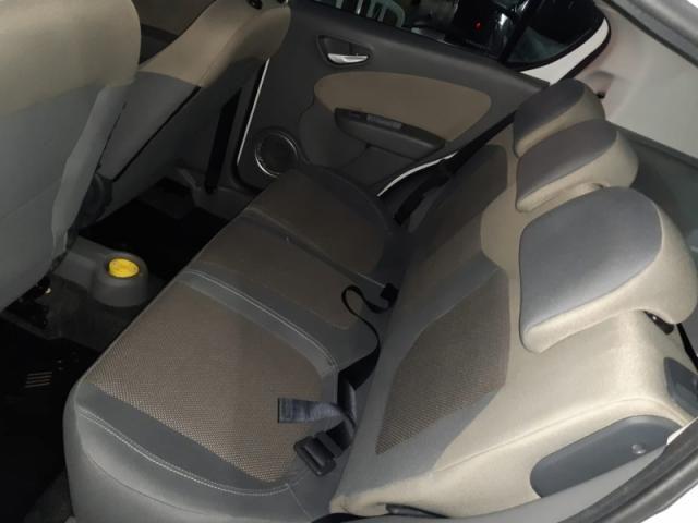 FIAT  PALIO 1.6 MPI ESSENCE 16V FLEX 4P 2015 - Foto 10