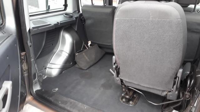 Fiat Doblo 1.8 6 passageiro com Motorista - Foto 8