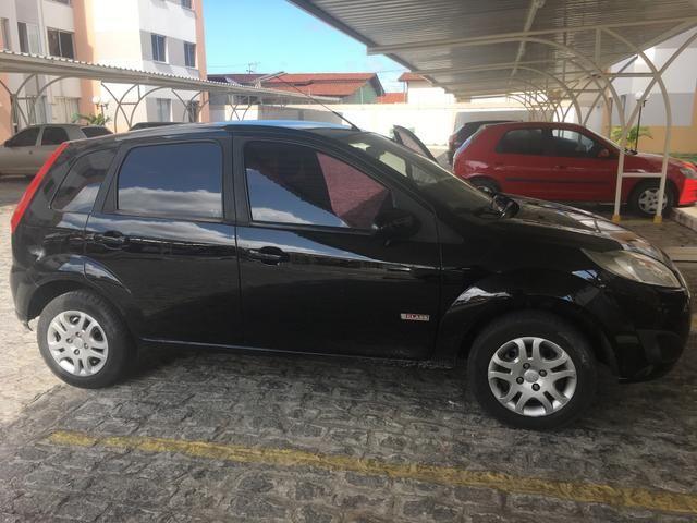 Fiesta Hatch 1.6 - Foto 2