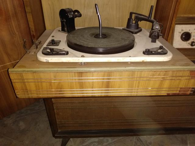 Antigo Rádio vitrola Telespark! - Foto 4