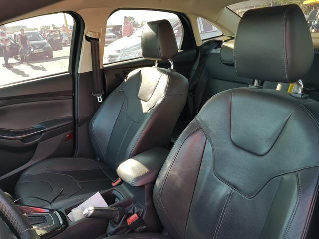 Ford Focus Sedan Titanium - Foto 6