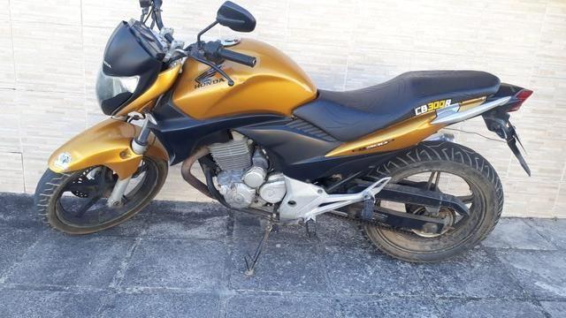 Vendo ou troco cb 300 2010 - Foto 3