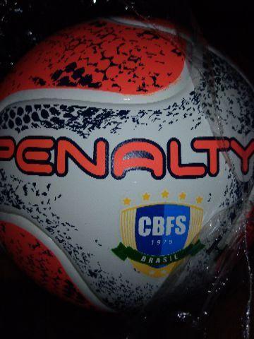 Bola futsal pênalti - Esportes e ginástica - Samambaia Norte ... b218484f2a981