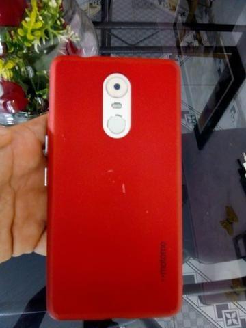 Lenovo k6 note 32 GB é 3 de ram semi novo ele tem biometria