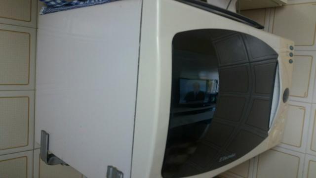 Vendo forno microondas R$ 100.00