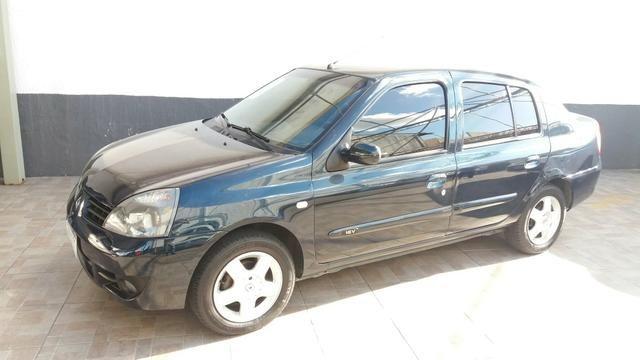 Clio Sedan - 2008 - Privilege 1.0 Completo