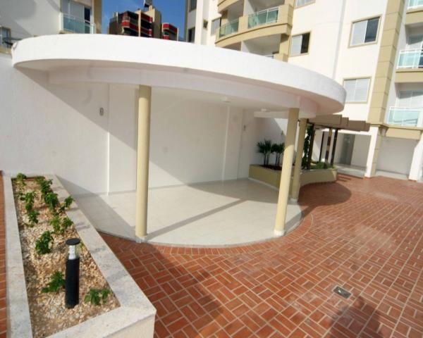 Apartamento com 4 quartos com 4 suítes - vista livre e sol da manha - Foto 9