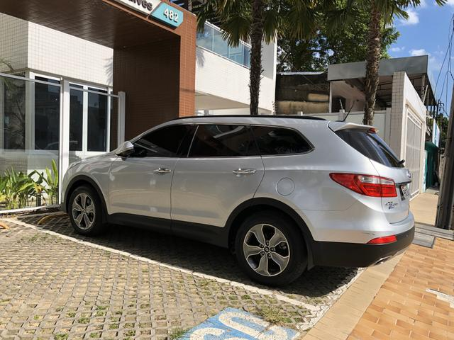 Hyundai Grand Santa Fé - Foto 9