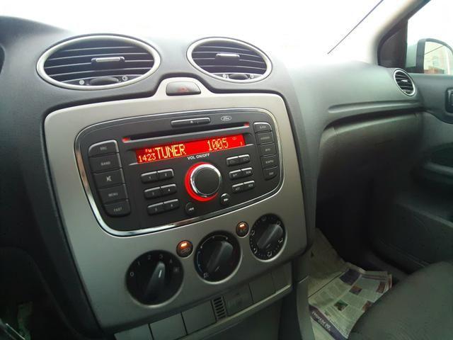 Ford Focus 1.6 GLX Manual - Muito Novo - Procurar Raphael Moreira - Foto 10