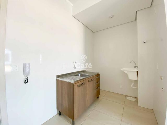 Apartamento de 1 dormitório com garagem em Camobi - Foto 5