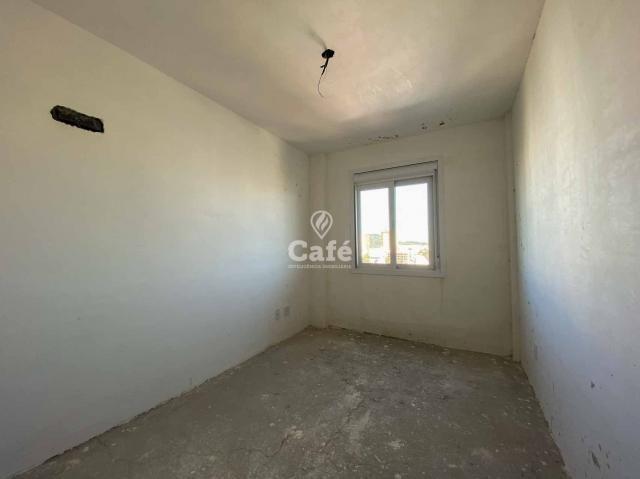 Apartamento de 3 dormitórios sendo 1 suíte no bairro Fátima - Foto 12