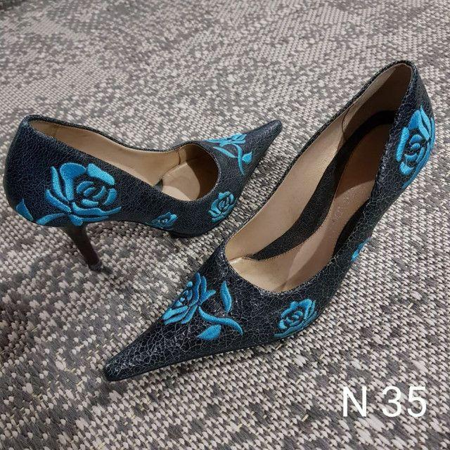 Sapatos e Botas femininos scarpin - Foto 5