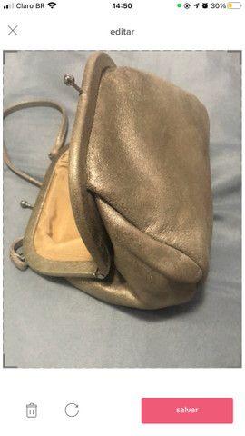 Bolsa de mão prateada