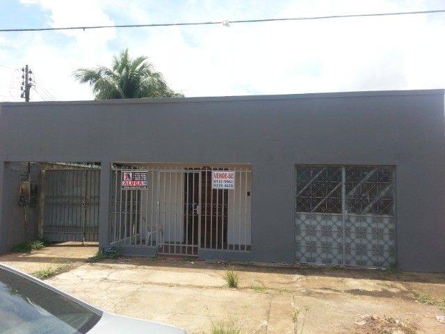 Casa + Ponto Comercial e edicula
