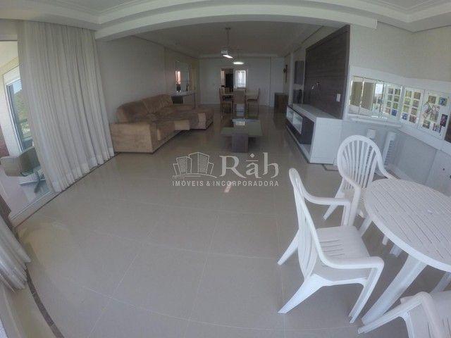 Apartamento a venda frente mar todo mobiliado no Edifício Beverly Hills na Barra Sul em Ba - Foto 7