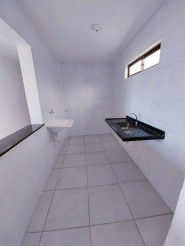 Excelente apartamento no N. Geise com area de lazer - Foto 5