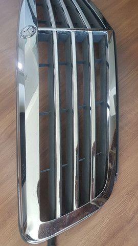 Grade dianteira MERCEDES C180 Exclusive até 2014 - Foto 3