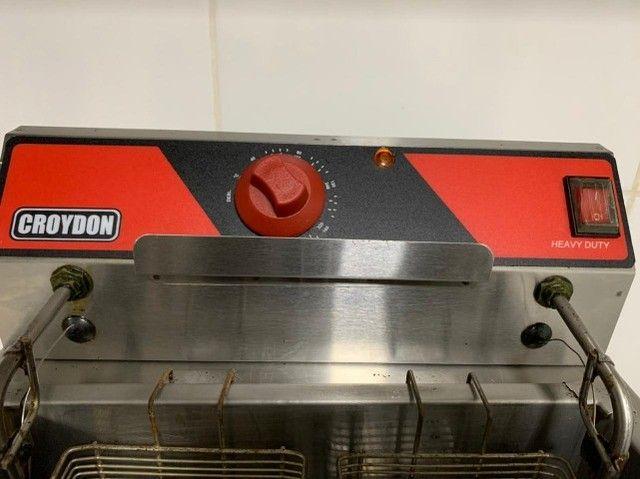 Fritadeira Elétrica 15 L litros Croydon Água e Óleo - Nova - Foto 3