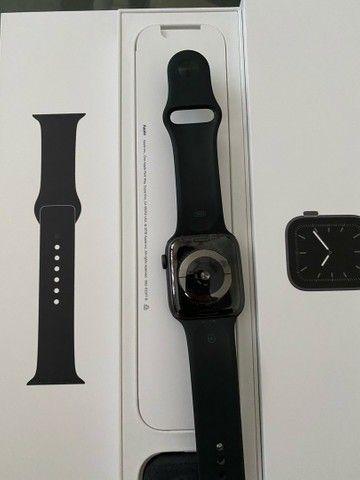 Apple Watch Series 5 Cellular + GPS - 44mm - Foto 3