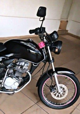 Troco por carro - Moto CG TITAN 125 - 2004  - Foto 3