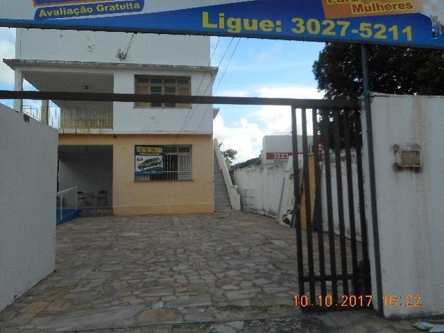 Casa na praça carvalho neto 1 andar bairro atalaia