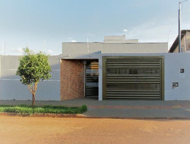 Casa de 3 quartos sendo 1 suíte em terreno de 300m² - Próxima a UCDB