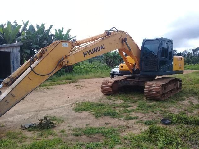 Escavadeira Hyundai 210 ano 2011