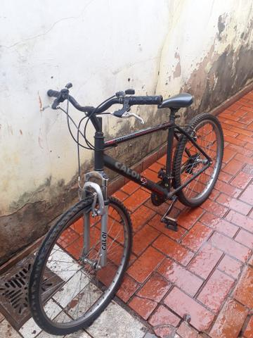Bicicleta semi nova marca Caloi