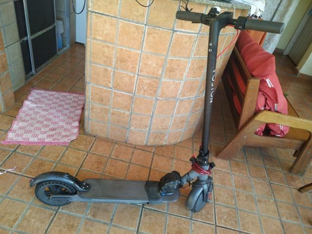 Patinete Foston - Nota fiscal, bateria extra e 2 pneus maciço infuráveis - Foto 2