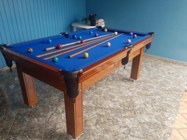 Mesa Tentação 1,93 x 1,18 | Mesa Imbuia | Tecido Azul | Modelo: BQZP2827