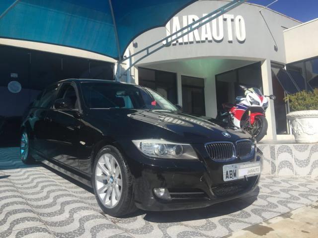 BMW 320ia 2.0 24v 4P   2010 - Foto 2