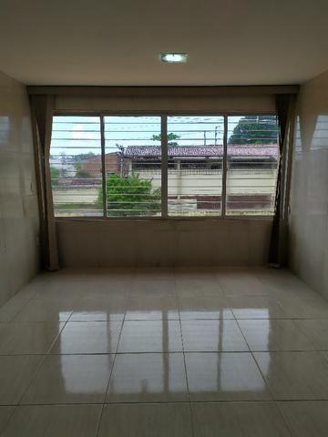 LD Casa em Cajueiro 220m 5 Quartos 3 Suítes 2 Salas 2 Vagas Segurança Portão Eletronico - Foto 3