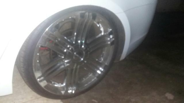 Vendo rodas aro 20.pneus 225/35.pneus todos novos