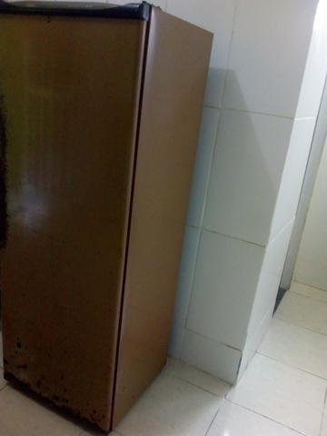 Geladeira gelando muito - Foto 5