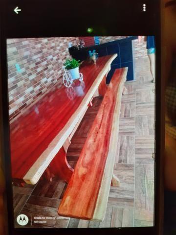 Mesas rústicas com bancos - Foto 2