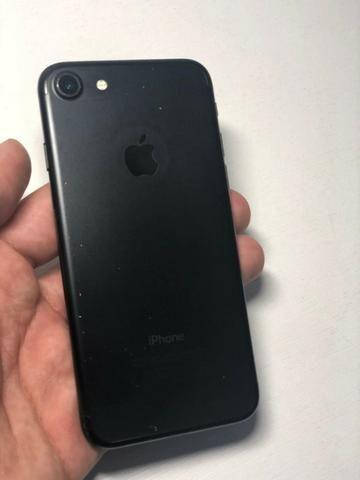 IPhone 7 32Gb preto fosco - Seminovo - Foto 2