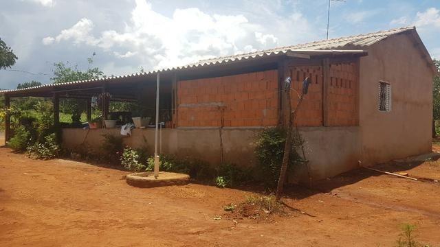Vendo Chácara de porteira fechada em Planaltina GO , ou troco por Imóvel no DF - Foto 6