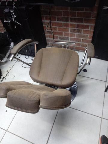 Cadeira de Barbeiro ou Cabeleireiro - Foto 2