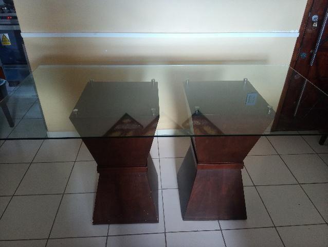 Mesa em madeira. Beleza e sofisticação. Urgente.R$ 600 tel. - Foto 2