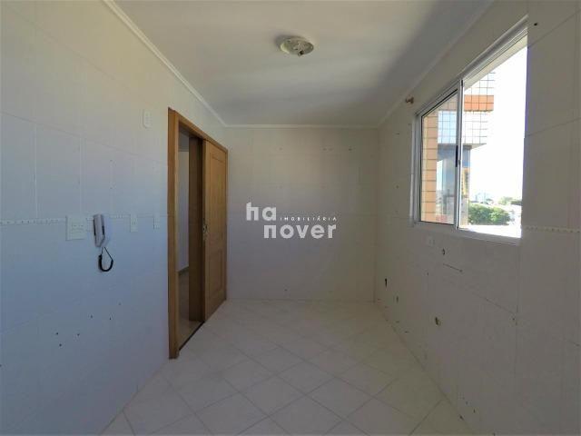 Apartamento 3 Dormitórios (1 Suíte), Sacada, Garagem, Elevador - Foto 7