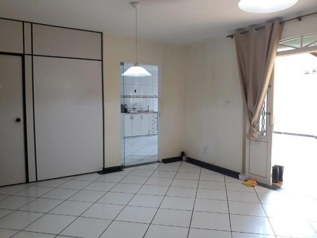 Excelente casa 2 quartos, garagem 3 carros, base para sobrado Riacho Fundo II - Foto 4